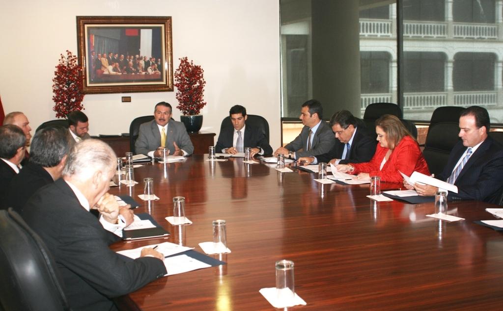 Canciller Henr Quez Se Re Ne Con Miembros Del Consejo Nacional De Relaciones Exteriores